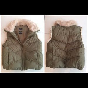 Fiberfill 100% polyester vest
